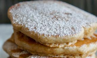 dulce-de-leche-banana-pancakes-credit-carolyng-gomes-main
